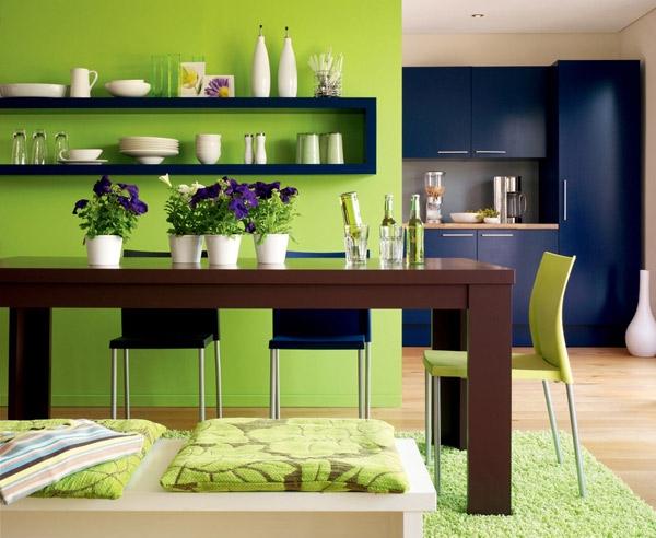 Các tông màu xanh vừa hỗ trợ vừa tương phản cho nhau tạo nên vẻ đẹp cuốn hút.